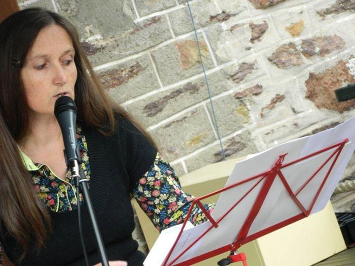 Petit-déjeuner poétique : lecture de Gwenaëlle Rébillard au bar-café L'Air du Temps, le dimanche…