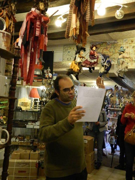 Clashes poétiques de Sébastien Lespinasse le dimanche 6 juillet : lectures-éclair dans les commerces…